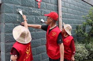 """""""牛皮癣""""专项清理整治行动助力美丽县城建设"""